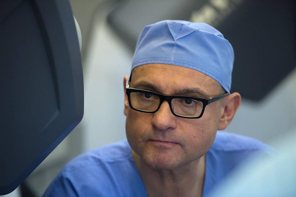 На игле у США: российский робот-хирург остался без поддержки [5]