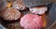 Пища недалекого будущего. Как готовят мясо из пробирки и почему мы все скоро будем его есть