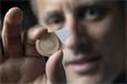 Ученые разработали противозачаточное средство длительного действия в виде пластыря с микроиглами