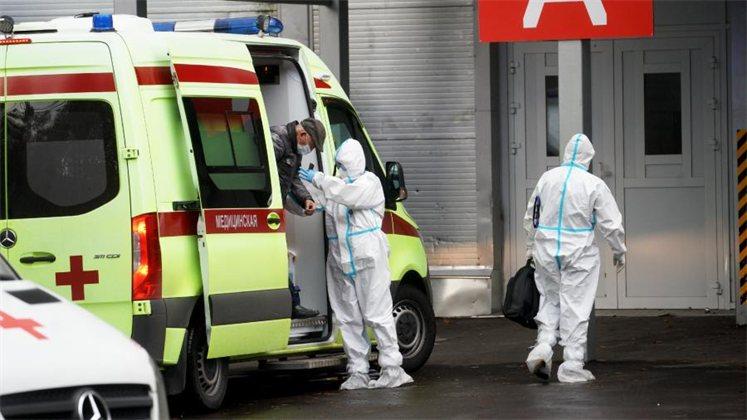 В ВОЗ указали на опасность новых мутаций коронавируса для россиян