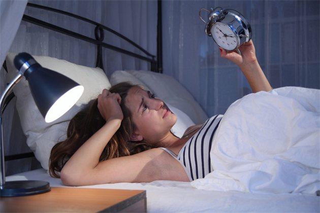 COVID-ассоциированые нарушения сна или феномен коронасомнии: тактика обследования и лечения