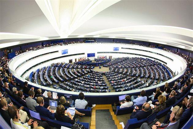 Депутаты Европарламента высказались за временную отмену патентов на вакцины