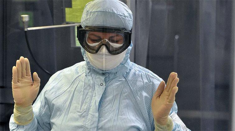 Разработчик «КовиВака» опроверг сообщения о приостановке выпуска вакцины от COVID-19 на несколько месяцев