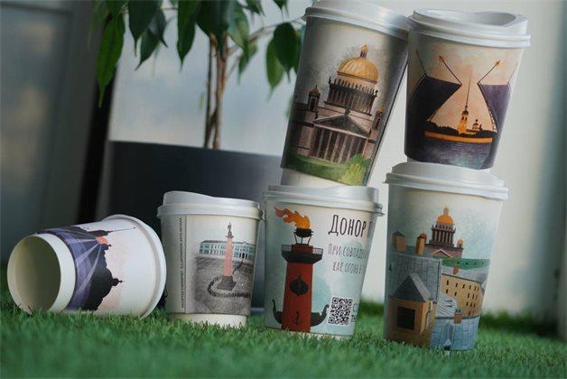 В Петербурге в кофейнях Coffee Therapy напитки будут подавать в стаканчиках со ссылкой на сайт Центра развития донорства костного мозга