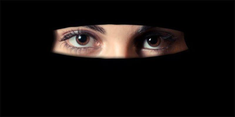 В Нижневартовске мужчина избил врача после осмотра его  жены в хиджабе