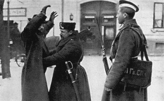 Отравления, бомбы, покушения. Криминал и медицина в мае 1906 года